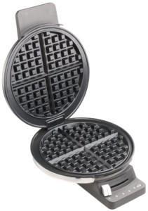 Cuisinart WMR-CA Round Classic Waffle Maker (3)