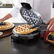 Oster-CKSTWF1502-ECO-DuraCeramic-Belgian-Waffle-Maker-0-3