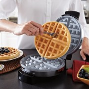 Oster-CKSTWF1502-ECO-DuraCeramic-Belgian-Waffle-Maker-0-4