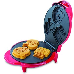 Smart-Planet-WM6S-Peanuts-Snoopy-and-Charlie-Brown-Waffle-Maker-Red-0