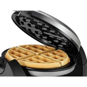 Black & Decker WM1404S Flip Waffle Maker Review (2)